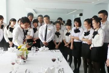 Khóa học kỹ năng quản lý nhà hàng